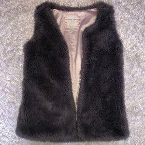 🔻F21 Girls Faux Fur Vest